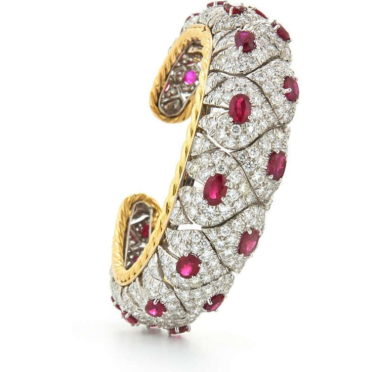 David Webb New York - Oval-cut rubies, brilliant-cut diamonds, 18K gold, and platinum