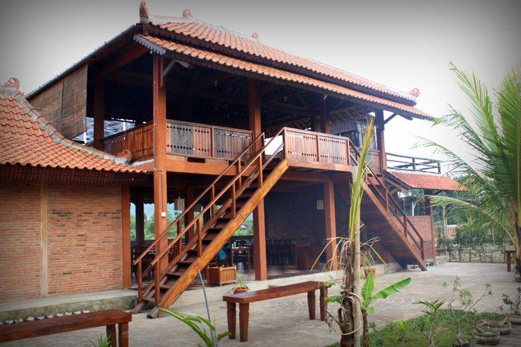 Restaurant. Delicious menu, cheap with perfect view. Kampoeng Pacitan. info : +6287758352200