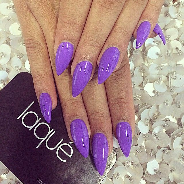 Stiletto nails☻ love this color!
