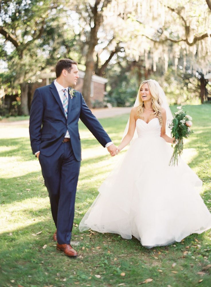 Outdoor backyard Panama City wedding: Photography: Justin DeMutiis Photography - justindemutiisphotography.com   Read More on SMP: http://www.stylemepretty.com/2016/09/14/backyard-wedding-in-panama-city/