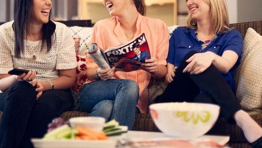 Che belle le serate tra amiche, magari a gustarsi un buon gelato mentre si guarda un film.. Non sapete però quale guardare? Vi diamo qualche consiglio noi!