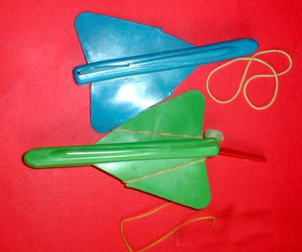 aviones-propulsados-con-goma-elastica