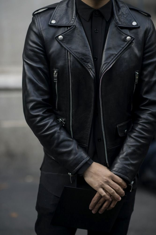 Mens Leather Jackets Leather Jackets Really Are A Very Important Part Of Every Single Man S Wardrobe Men Requir Leather Jacket Men Mens Jackets Mens Outfits
