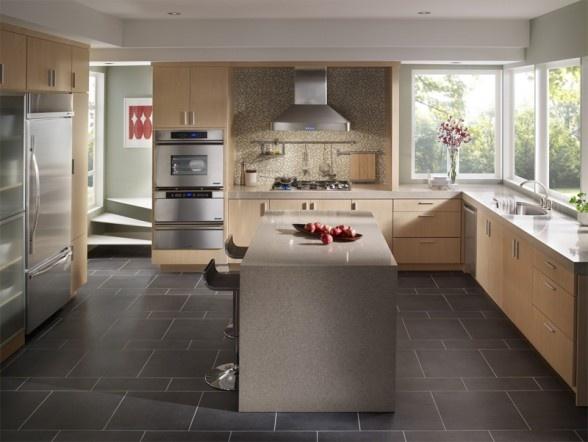 Cucina in marmo e legno <3