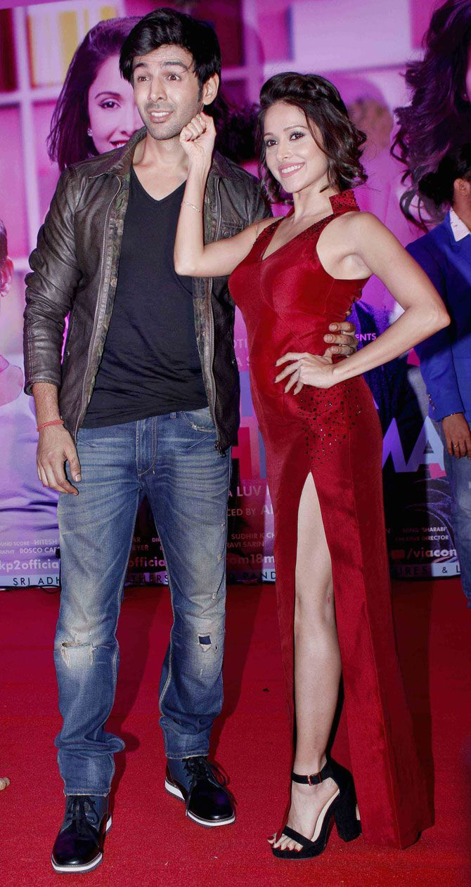 Kartik Aaryan and Nushrat Bharucha at the 'Pyaar Ka Punchnama 2' success bash. #Bollywood #Fashion #Style #Beauty #Hot #Sexy #Legs