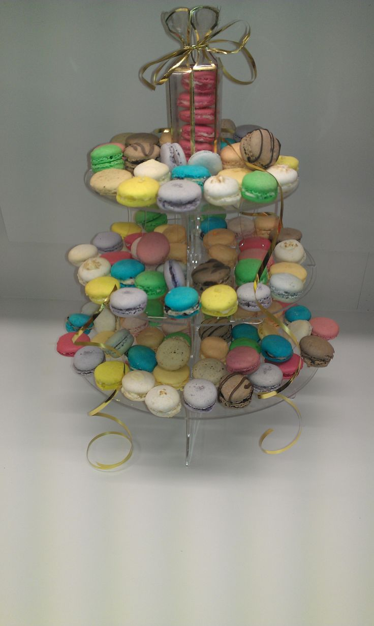 numerous macaron colours and flavours