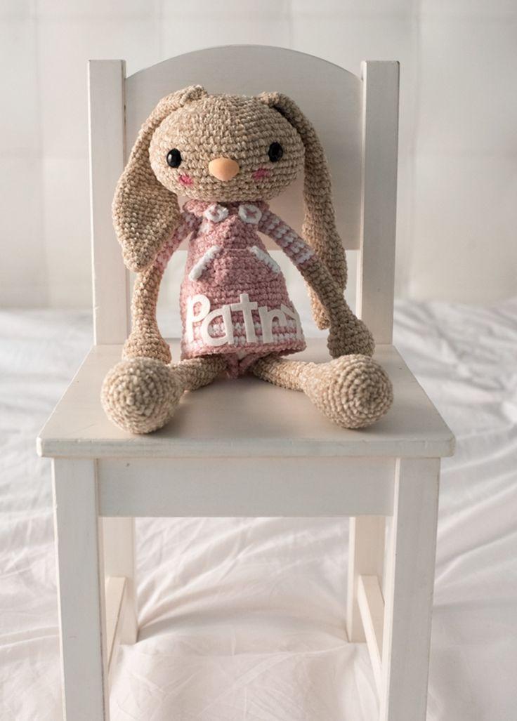 Long Eared Bunny FREE Crochet Pattern