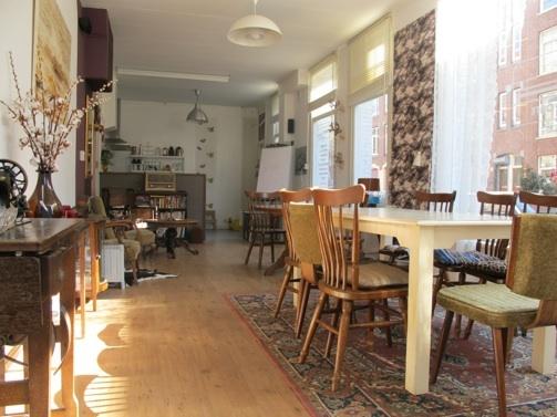 Tipsy Amsterdam - Leuke locatie met woonkamer gevoel