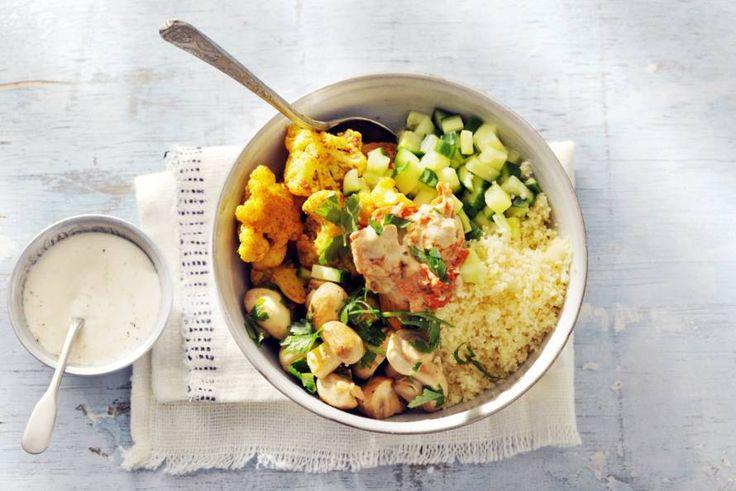 Kijk wat een lekker recept ik heb gevonden op Allerhande! Bliss bowl met kerriebloemkool en hummus van Denise Kortlever