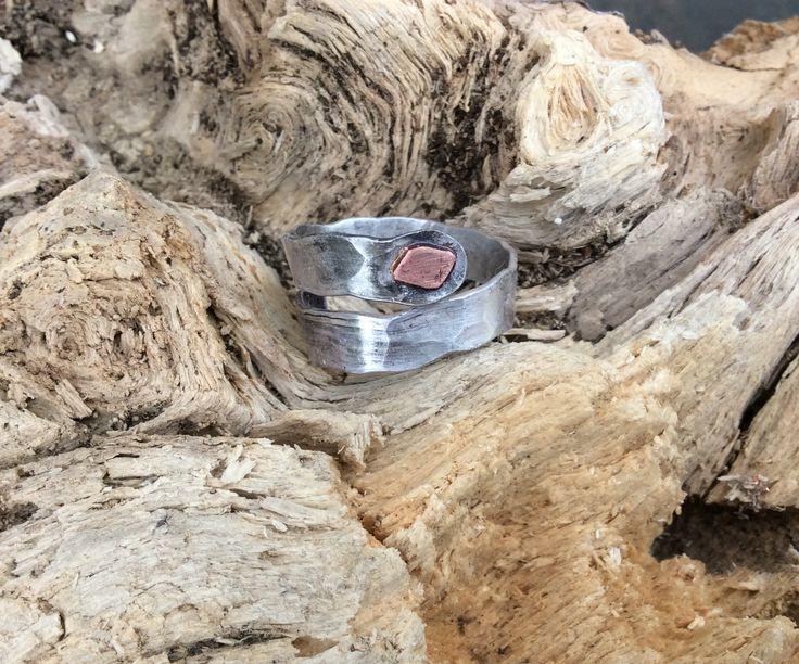 Gehämmert Silber Ring,Herren Silber Ring,Steampunk Silber Ring.wikinger Silber Ring.twisted Silber Ring.Daumen Silber Ring.Unisex ring von Designvonmerrill auf Etsy
