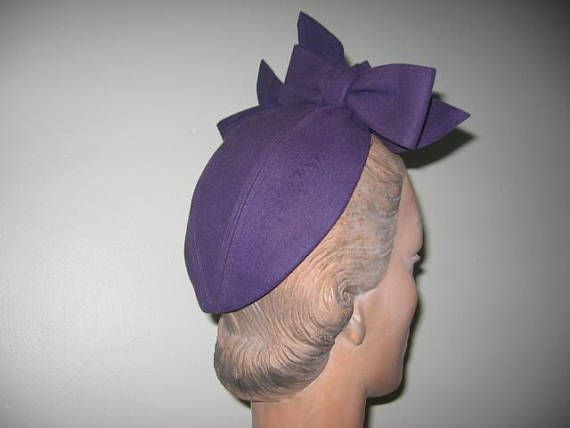 VISIT SHOP FOR SALE ANNOUNCEMENTS AND COUPON CODES - Please read my description carefully and review all of the photos which have been provided. If you would like more information and/or pictures, or need any clarification, please ask. I will respond ASAP. Thank you for looking! Description / A darling 1940s wool felt calotte (AKA Juliet cap, capulet)! In a really wonderful grape purple color! Pieced, cross-over crown (see last photo for detail). A pair of complimentary top-stitche...