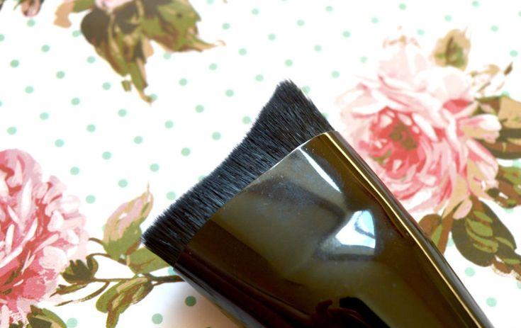 W7 Face Blender Brush