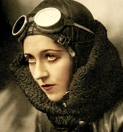 """ein-bleistift-und-radiergummi: """" Amy Johnson CBE (1903-1941), was a pioneering English aviator. Flying solo or with her husband, Jim Mollison, Johnson set numerous long-distance records during the 1930s. After her commercial flying ended with the..."""