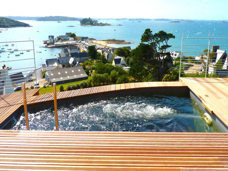 17 best images about piscines citadines on pinterest for Piscine a fond mobile