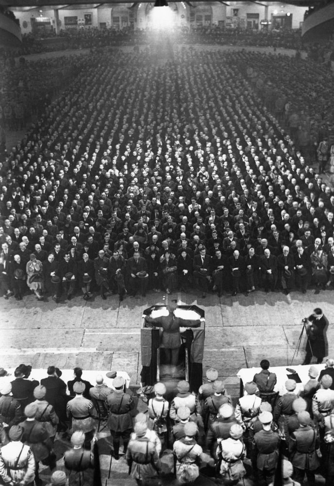 Large Anti-Hitler demonstration at the Berlin Sportpalast on December 2, 1931, organised by the Republican Reichsbanner, an organization whose goal was to defend parliamentary democracy against...