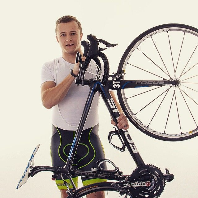 Przejrzyste reguły, najwyższe noty! #verge #vergesport #focus #fluo #mavic #prologo #work #photo #studio #happy #awsome #bikeart #bike #roadbike #garmin #instaboy #polish #rotor #bikejewellery #Jelenia #Gora
