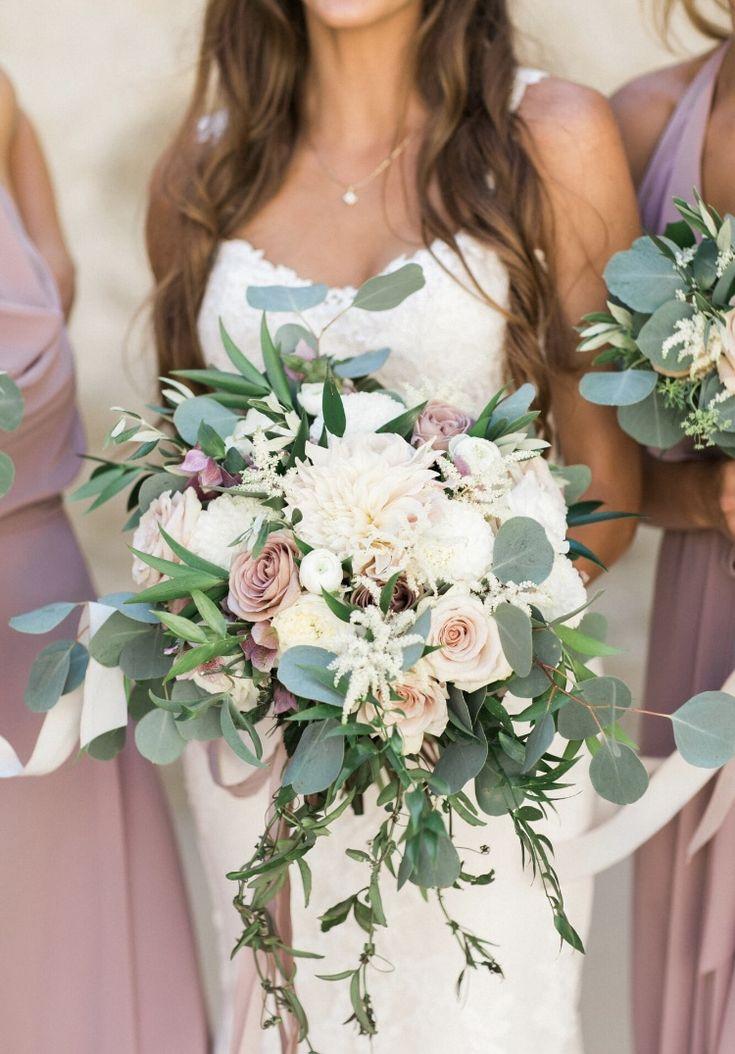 Mauve and blush bridal bouquet at Franciscan Gardens. Mauve roses, astilbe, blush dahlias. Cascading bridal bouquet. Florals by Jenny// Christian Kaysen Photo