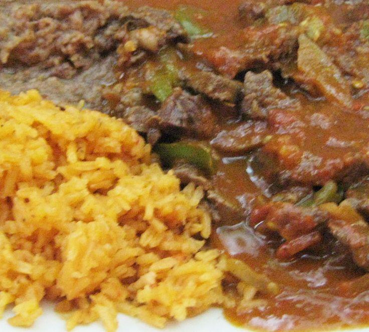 Preparando el bistec a la mexicana