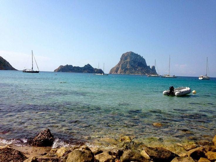 Cala d'Hort met uitzicht op Es Vedra