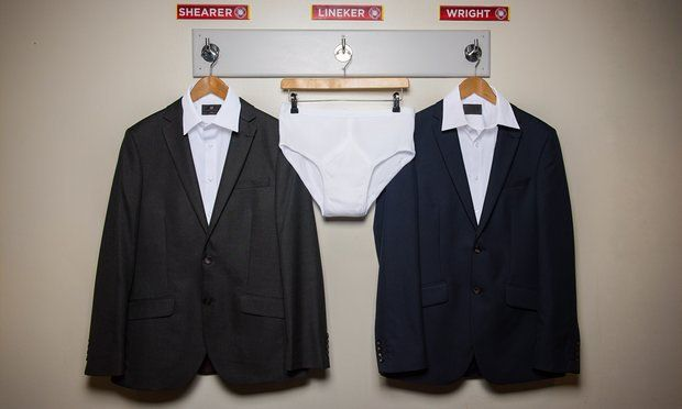Gary Lineker hosts Match of the Day in his undies [Video & Best Tweets]