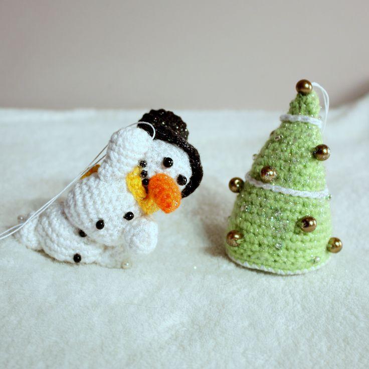 Amigurumi christmas ornaments  #amigurumi #amigurumis #ornaments #christmas #xmas #choinka #święta #szydełkowe #crochet #christmastree #tree #bałwan #snowman #bomka