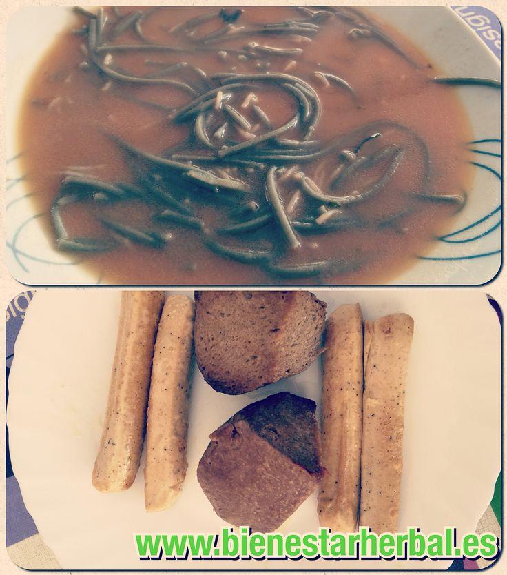 Hoy #comemos... #plato de #caldo de #miso con #fideos de #algas, y de segundo #Seitán con #salsichas de #tofu y #gorgonzola... mmmm que #delicia de platos!  #Buscamos a 5 personas que quieran:  #mejorar su nutrición #controlar de 3 a 5kg (o más) #Sentirse con más vitalidad  # Para más info rellena formulario, enlace en mi BIO   #comerbien #saludable #alimentossanos #recetasveganas