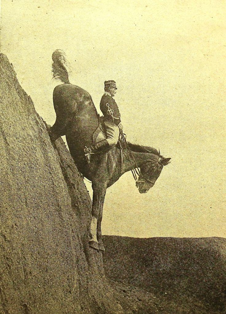 historicaltimes:  Italian Cavalry School at Tor di Quinto near Rome 1906