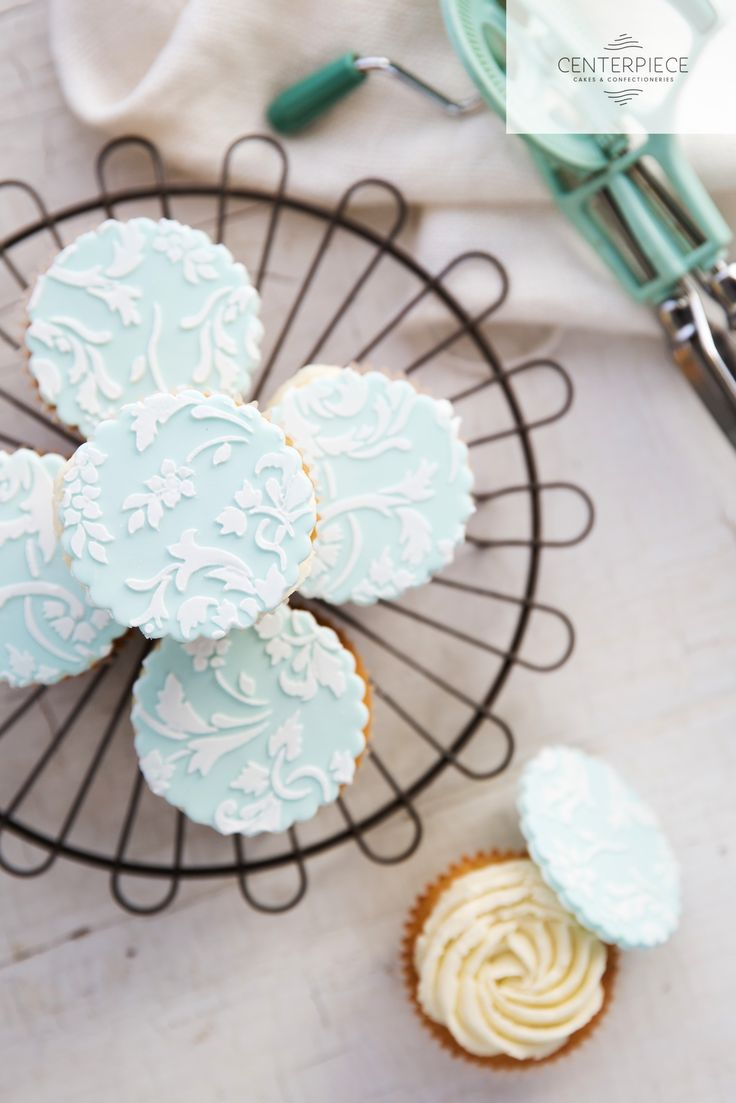 Teal & lace Vanilla Cupcakes