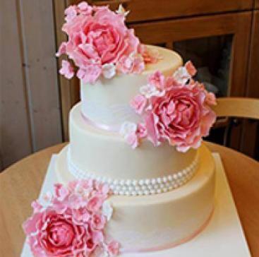 Сватбената торта на   My cafe by Ani Boland