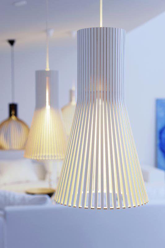 Secto 4220 bordslampa från finska Secto Design.