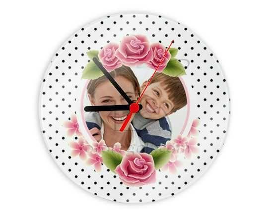 Orologio in vetro rotondo personalizzato con foto e grafica per la festa della mamma