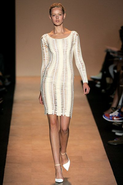 Hervé Léger by Max Azria Spring 2011 Ready-to-Wear Collection - Vogue