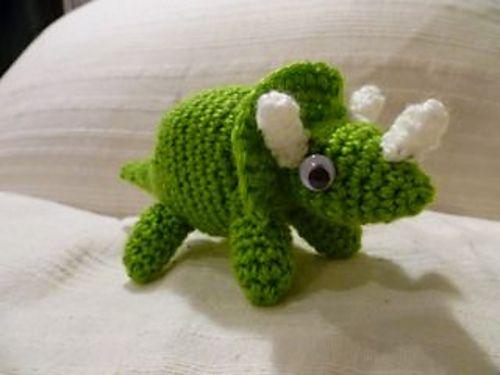 Jurassic World Amigurumi : 17 Best images about Toys Dinosaurs on Pinterest Free ...