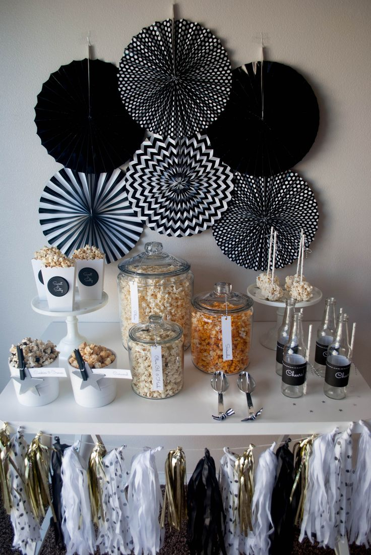 Birthday gift bags 5 cooking for oscar -  The Oscar Party Popcorn Bar Ideas