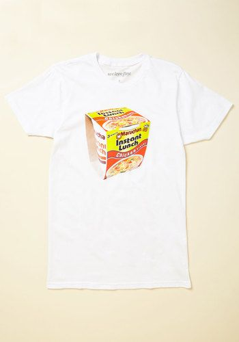 In a world of newfangled carb options, you opt to bypass the hype and stick to the classics. This white T-shirt - printed with a photorealistic graphic of a quick 'n' easy favorite - is a testament to a long-standing love of salty, satisfying, and time-honored treats. Bon appetit!