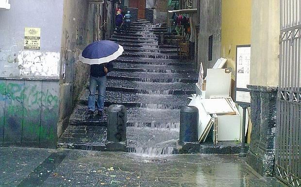 Niagara Santa Lucia - Cascate d'acqua al quartiere del Pallonetto a Napoli