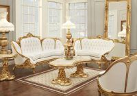 Gold and white on your living room, very good color... agree? :)