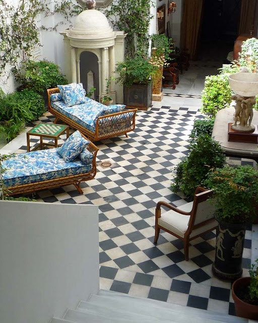 Spanish Style Homes With Courtyards: 1000+ Ideas About Spanish Courtyard On Pinterest