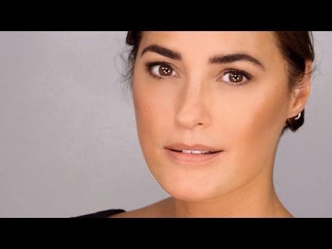 Supermodel Beauty Chat with Yasmin Le Bon http://www.lisaeldridge.com/video/27881/supermodel-beauty-chat-with-yasmin-le-bon/