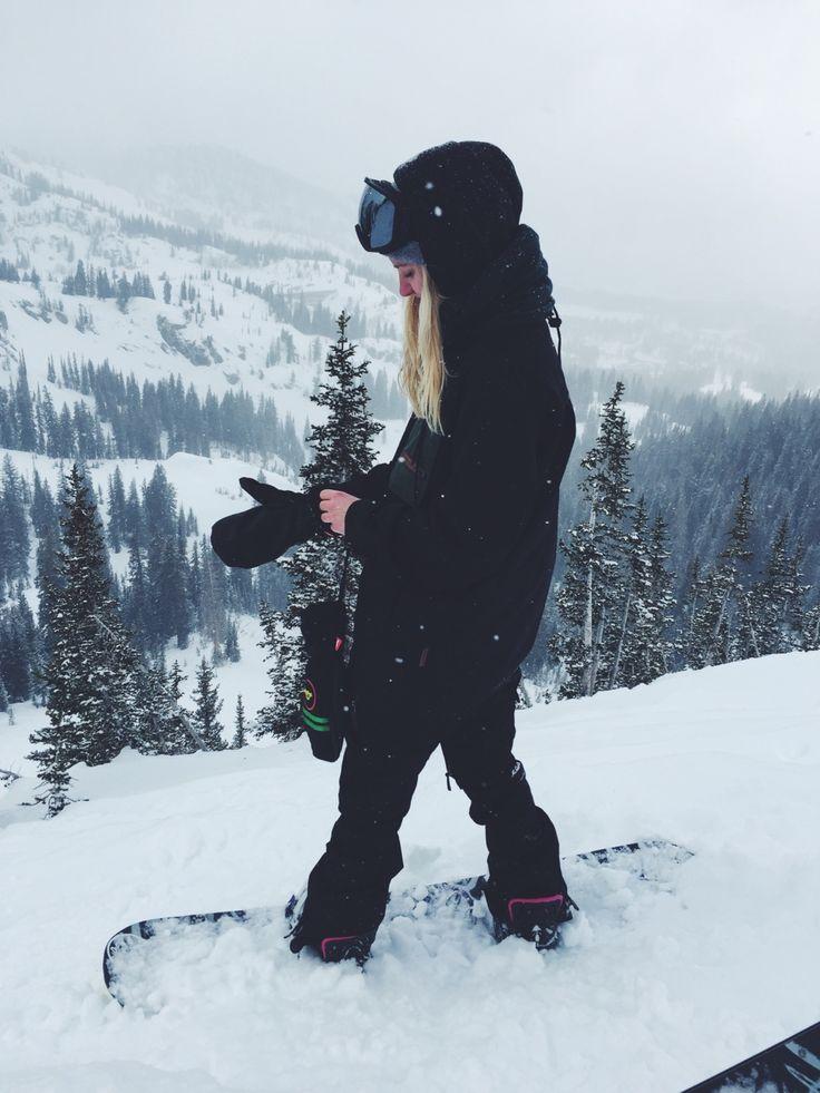 [Veroniqi Hanssen - Professional Snowboarder] We Who Snowboard #wintersport #snowboard