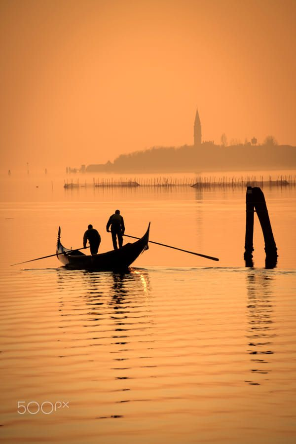 venice lido gondola photography by Laurent  Vettraino on 500px