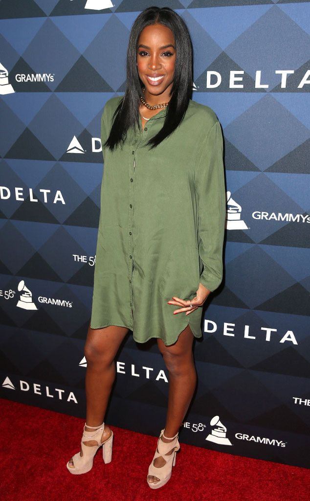 """Kelly Rowland from Grammys 2016: Party Pics  Mommy night out! The singer steps out for""""Sites and Sounds"""" presented by Delta Airlines."""
