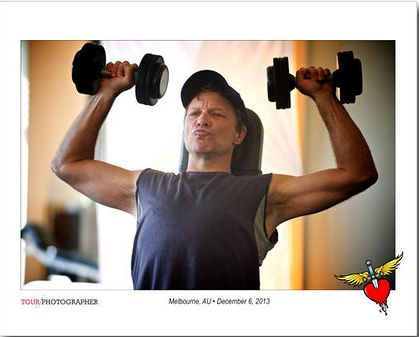 working out | Bon Jovi | Pinterest | Jon Bon Jovi, Bon Jovi and Gym