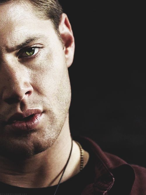 Dean Winchester and his lips of attractiveness.