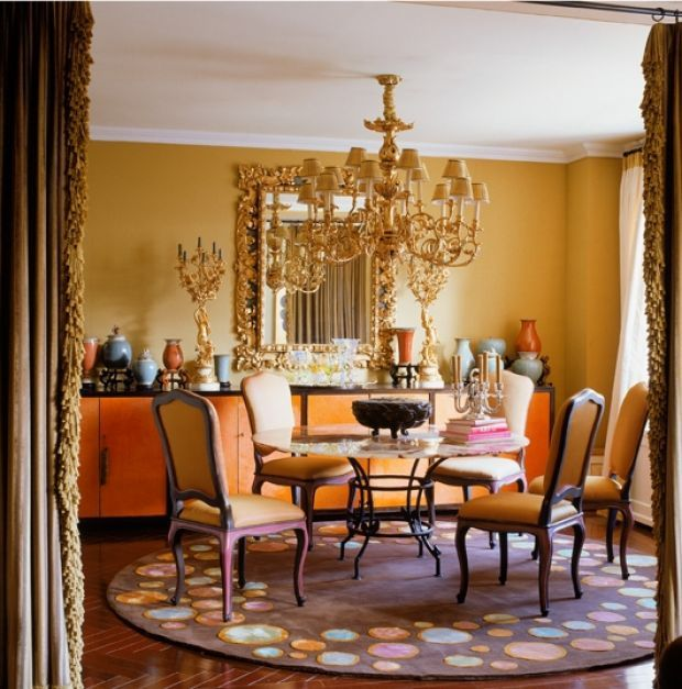 Jamie Drake Balanced The Cool Purple Of Round Decorative Rug With Lots Warm Orange Yellow And Gold In This Dining Room