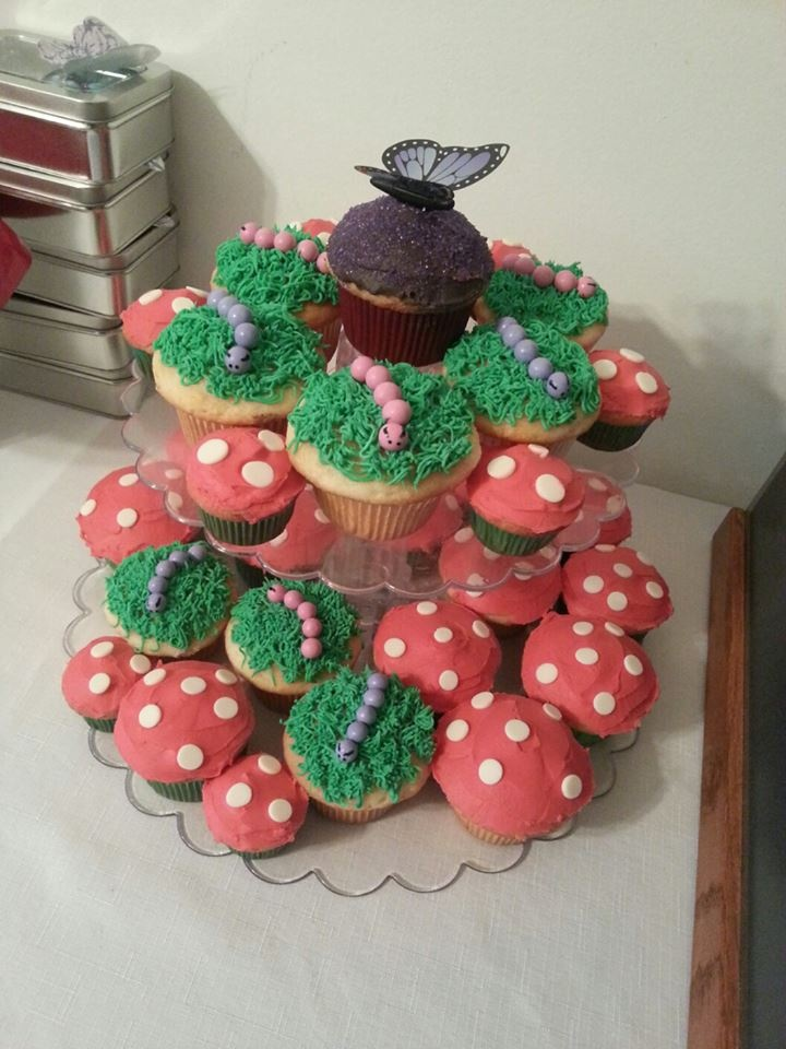 Enchanted Forest themed cupcakes.