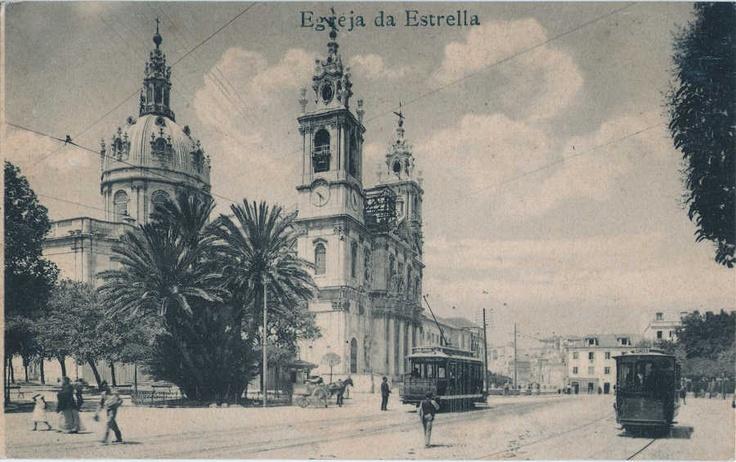 Igreja da Estrela em Lisboa (Portugal), cerca de 1910, vendo-se os eléctricos.