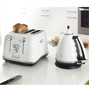 DeLonghi Brillante White Kettle and Toaster Collection on Housing Units