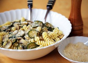 Fusilli with courgettes and mushrooms recipe  INGREDIENTS Fresh: 2 courgettes 150g chestnut mushrooms 1 bunch fresh parsley From the storecupboard: 250g fusilli 1 tablespoon olive oil 100ml vegetable stock 1 clove garlic 2 tablespoons grated parmesan (vegetarian versions available) Sea salt Black pepper