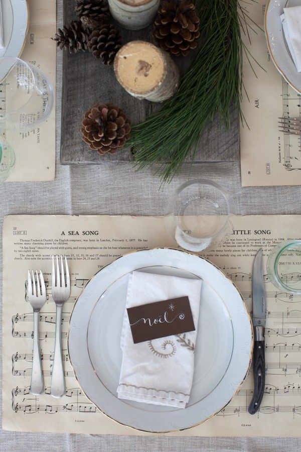 Neutral & Natural Christmas Tablescape